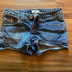 SO Wear It Declare It | denim shorts